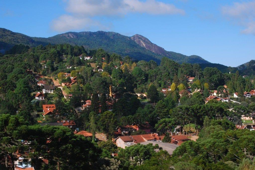 lugares para viajar a dois monte verde